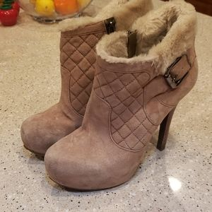 Guess faux fur booties ankle boots 7